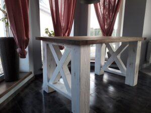 drewniany stół do jadalni producent