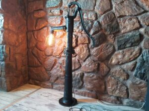 lampa industrilana stojąca
