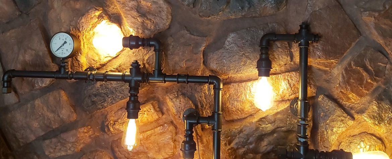 lampa z rur hydraulicznych